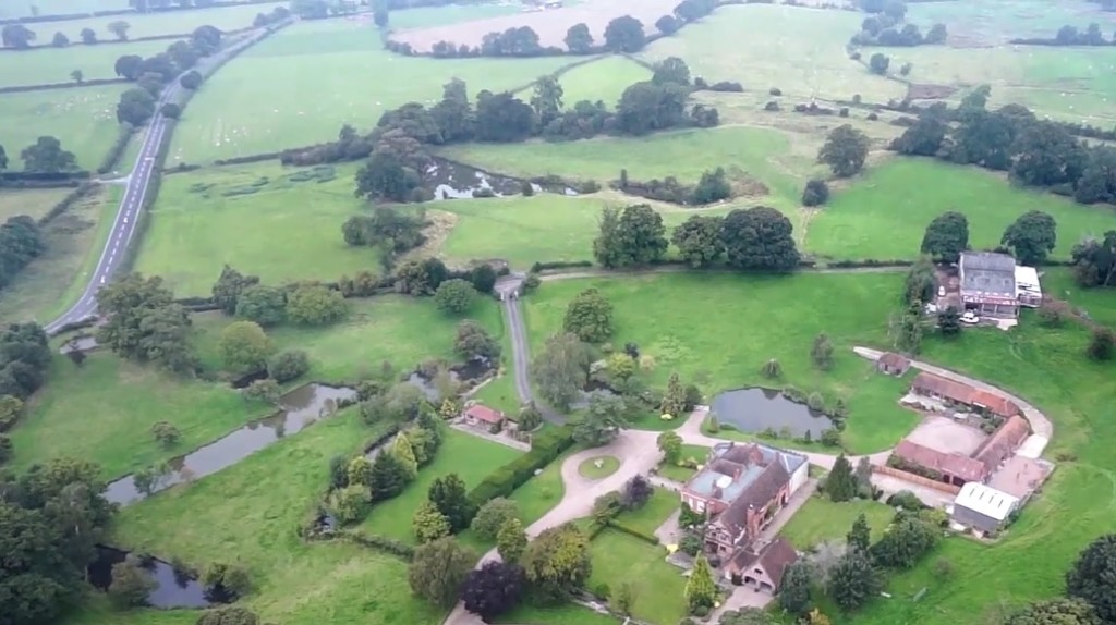How Estate Agents are Using Drones To Sell Houses