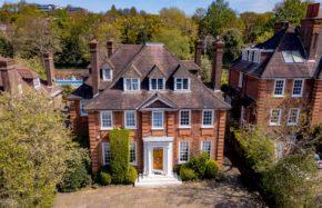 Hampsted Luxury Property