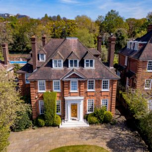 Hampsted Luxury Property